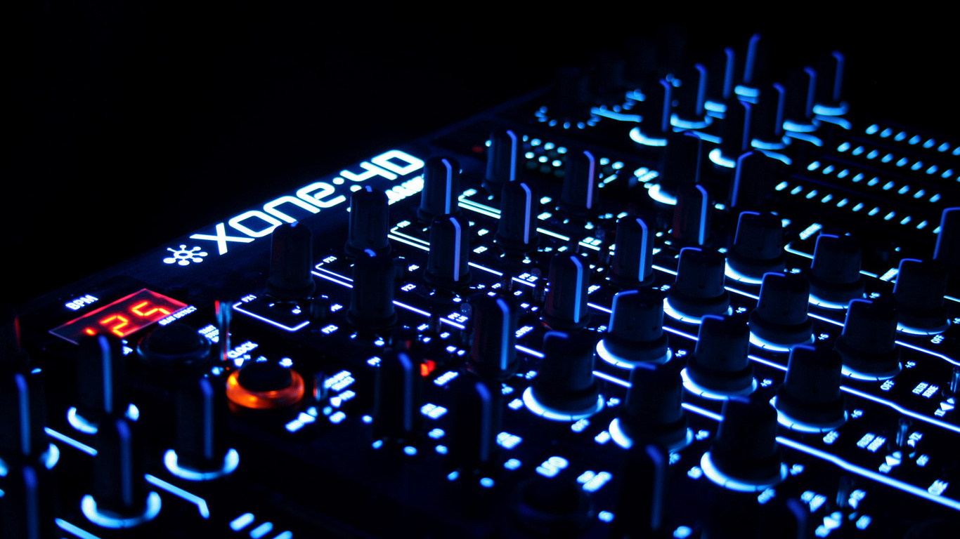 Wallpaper control panel hardware music widescreen on the desktop 1366x768