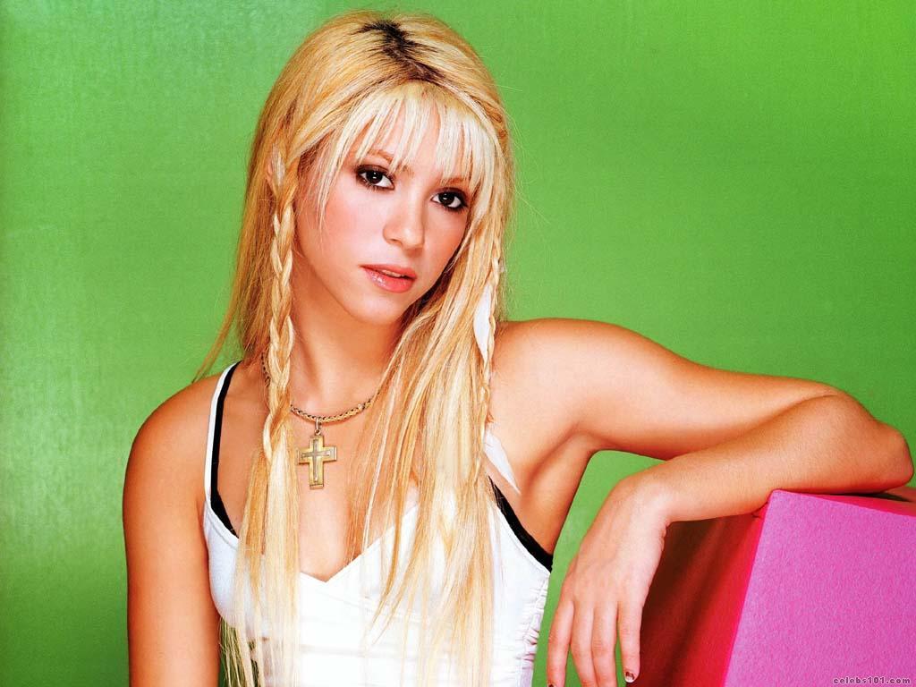 Shakira High quality wallpaper size 1024x768 of Shakira Wallpaper 1024x768