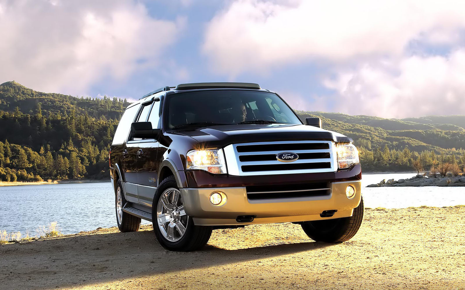 Ford Expedition Superb Car Wallpapers Desktop Wallpaper HD Wallpaper 1600x1000