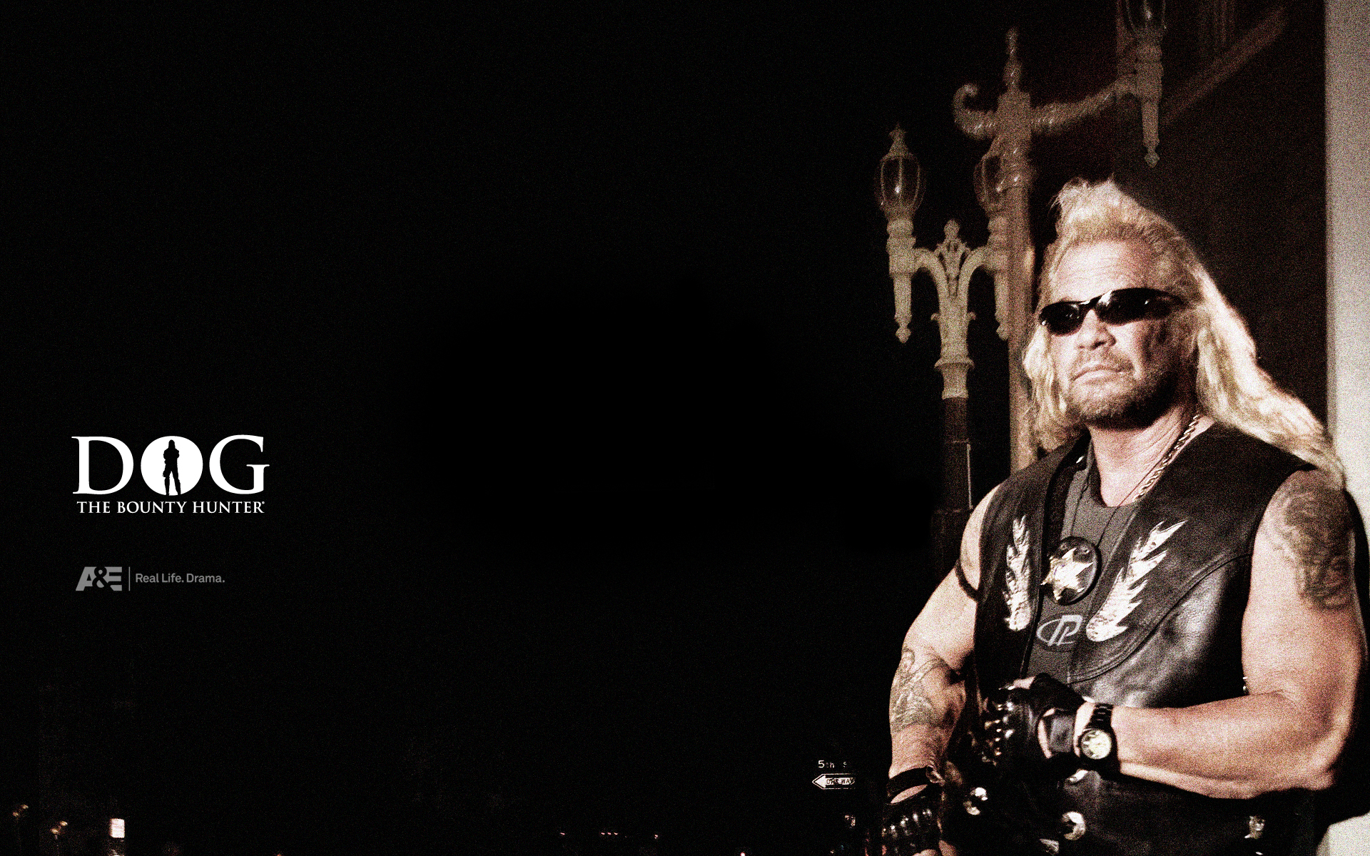 Modernday vigilante Duane Dog Chapman rounded up more than 6000 of the country s most dangerous criminals Then suddenly the toughest man on television found
