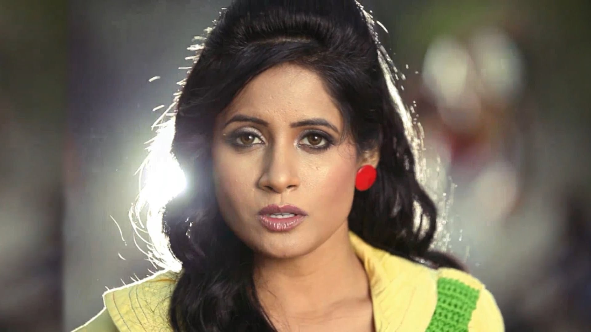 Miss Pooja Pictures Images 1920x1080