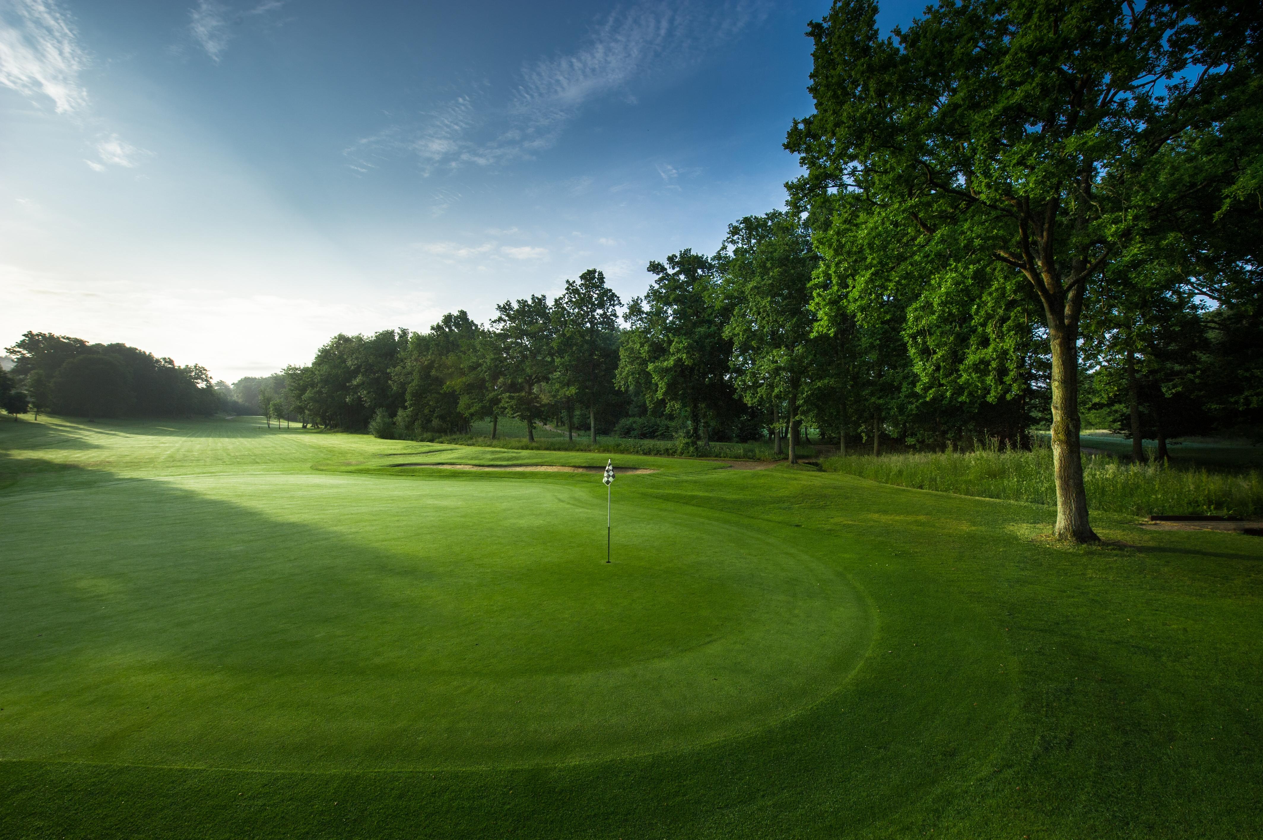 Hi Res Golf Course Wallpapers - WallpaperSafari