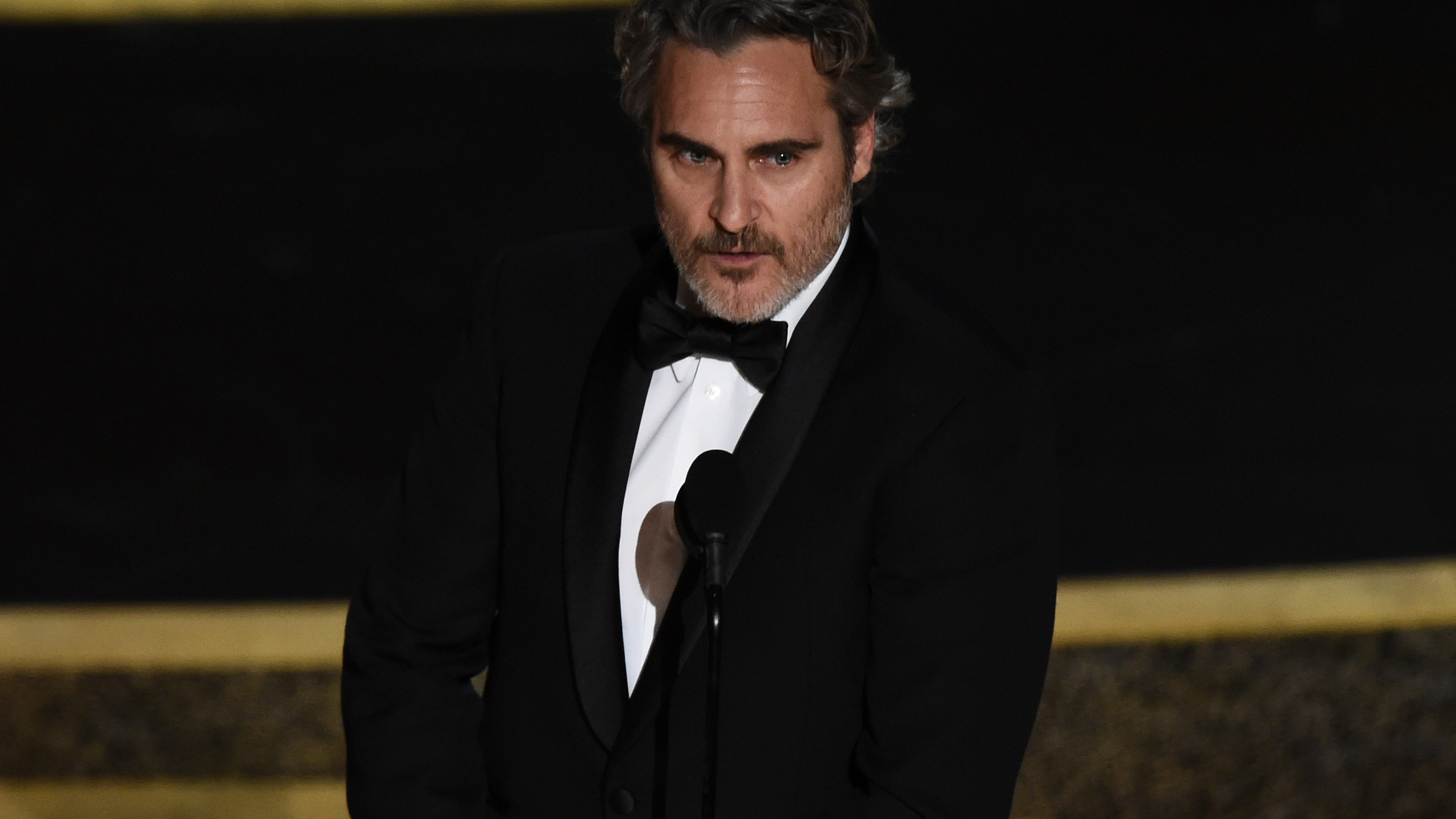 Joaquin Phoenix wins best actor Oscar for Joker WVNS 2560x1440