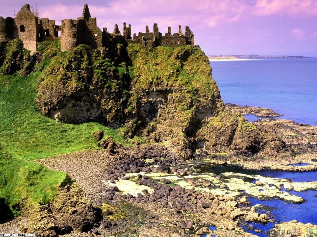 Dunluce castlecounty antrim northern ireland wallpaper 1024x768