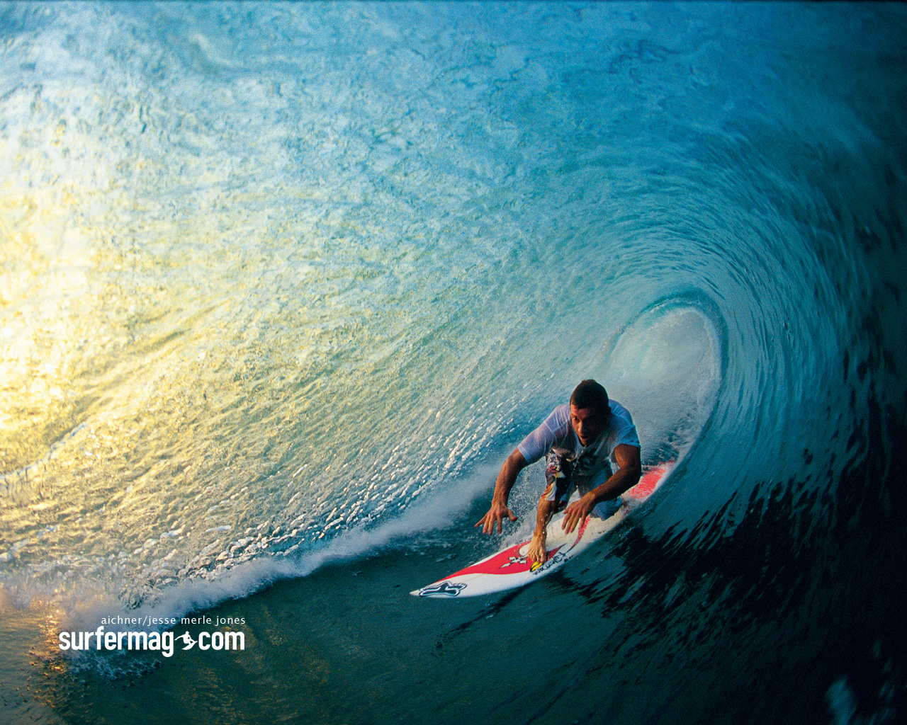 Surfer wallpaper 1280x1024 81605 1280x1024