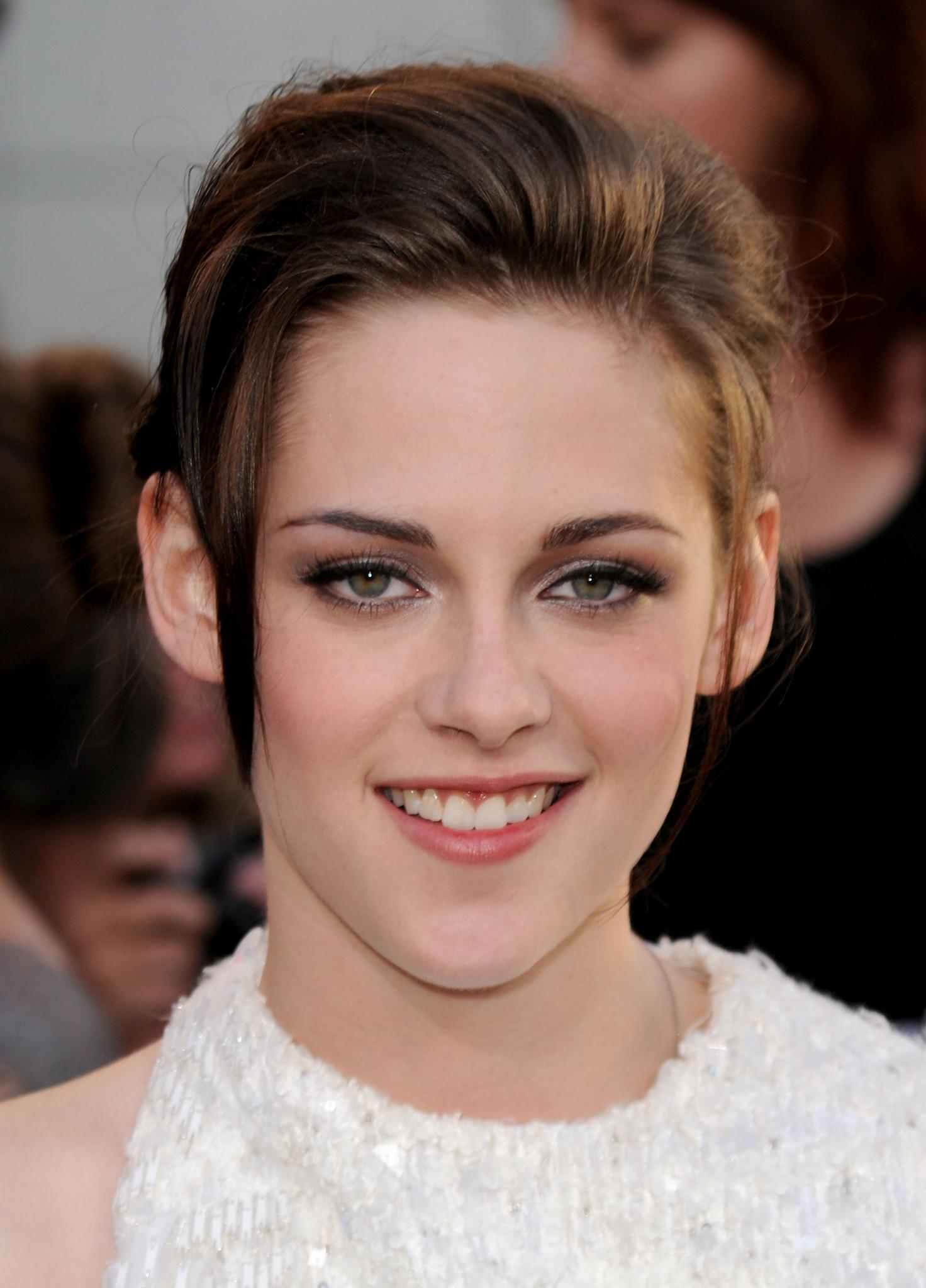 Kristen Stewart   IMDb 1472x2048