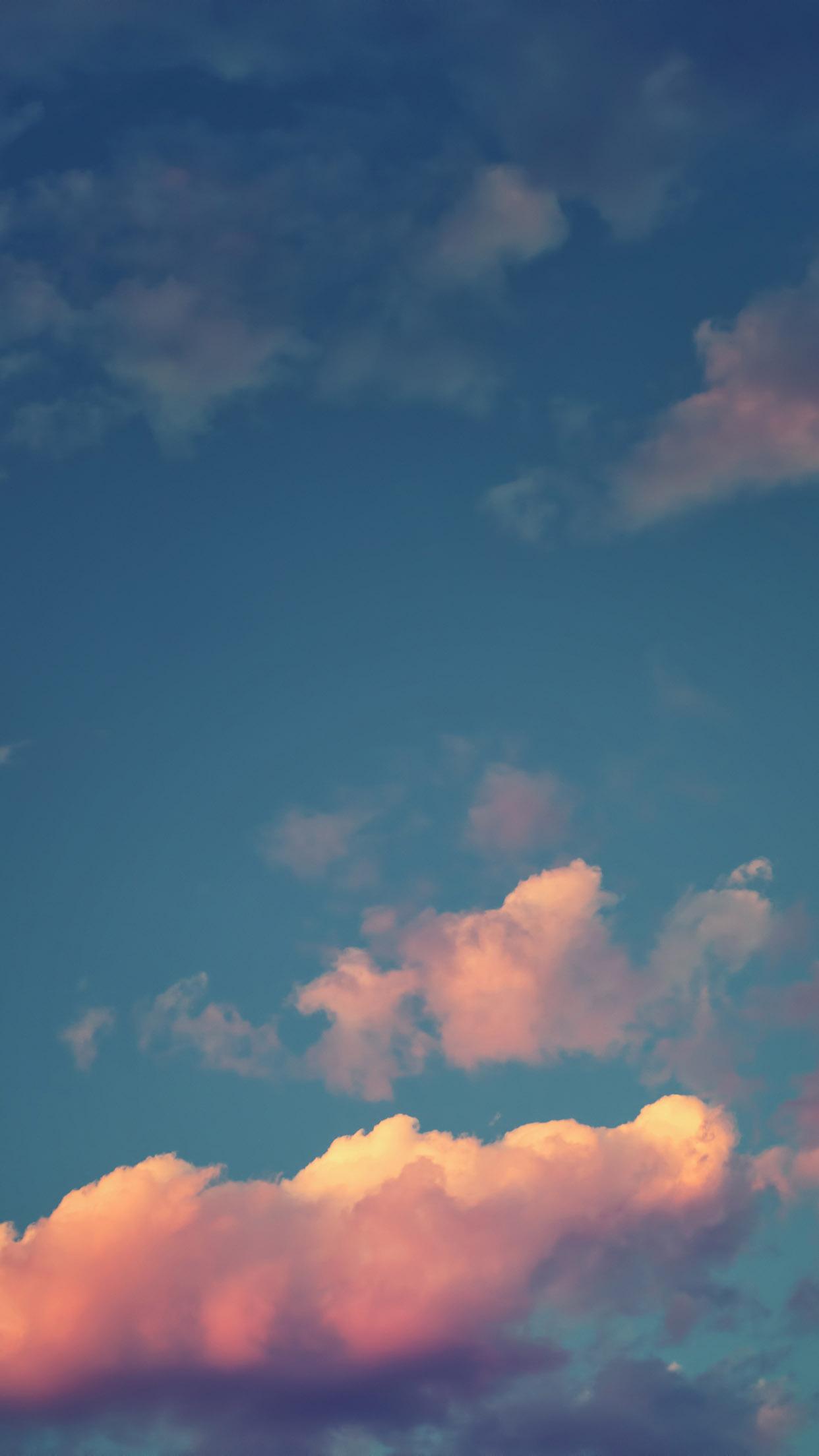 Wallpaper de nubes para iPhone 6 Plus 1242x2208