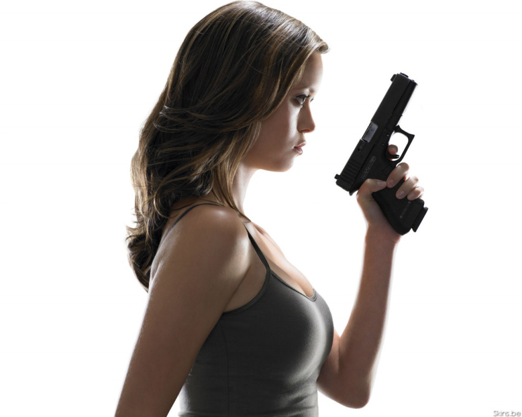 Girls With Guns Wallpaper Girls With Guns Wallpaper Girls With Guns 1024x819