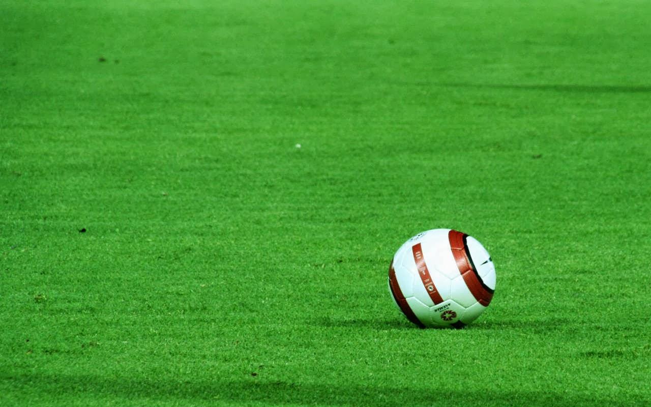 49+] Free Wallpaper Football on WallpaperSafari