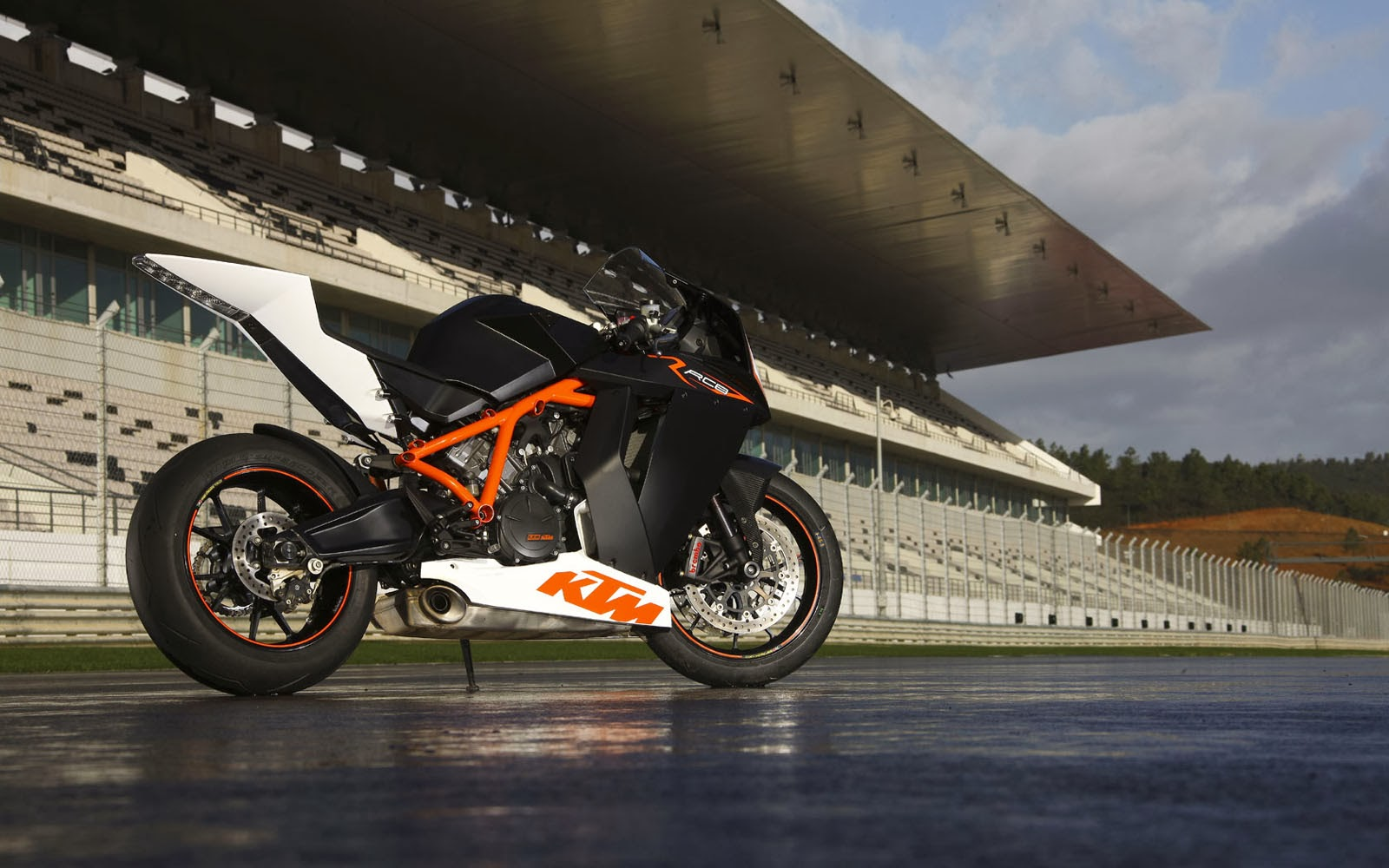 Tag KTM RC8 Wallpapers Backgrounds Photos Images andPictures for 1600x1000