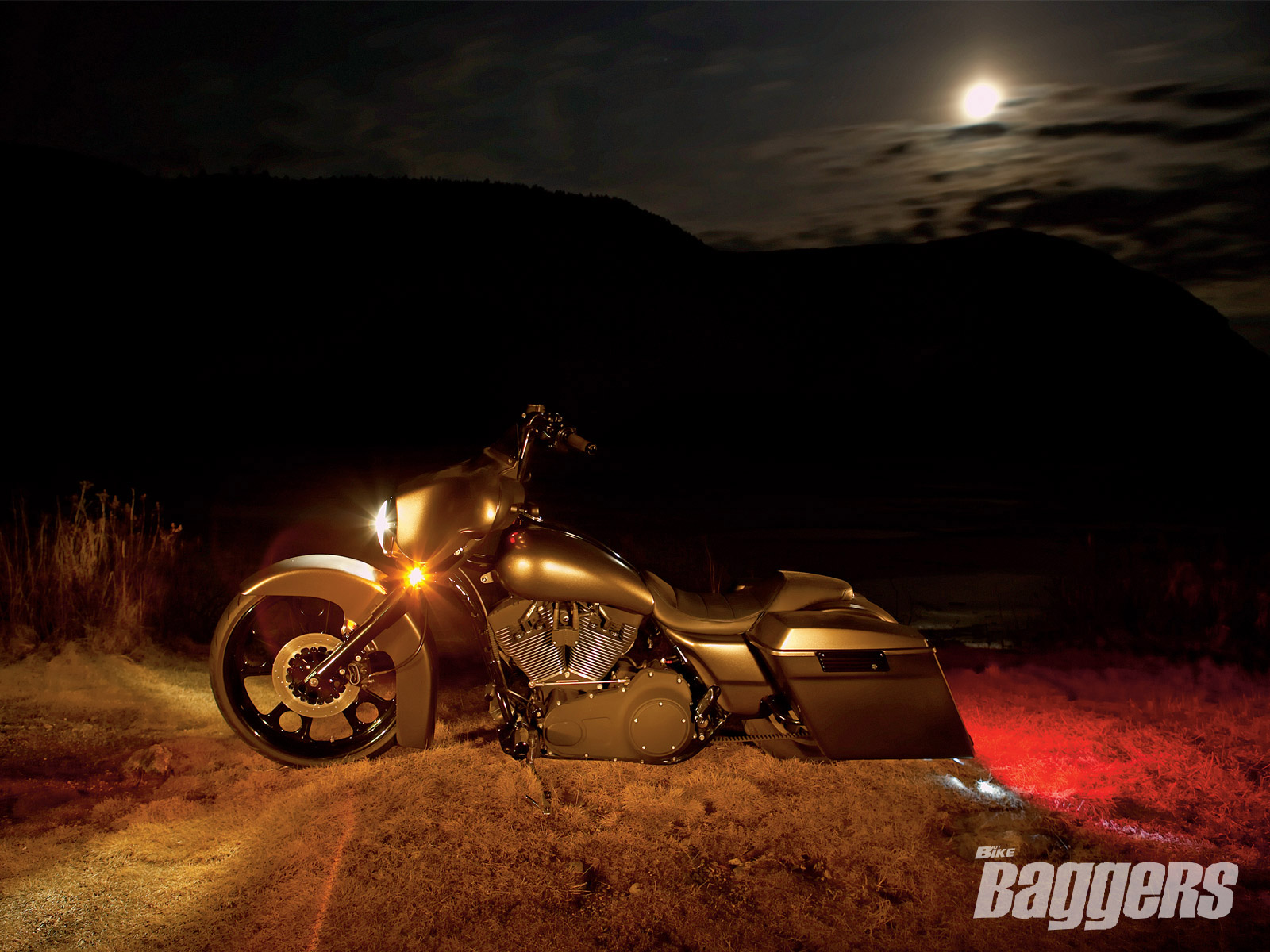 Free Download Custom Harley Davidson Street Glide Wallpapers