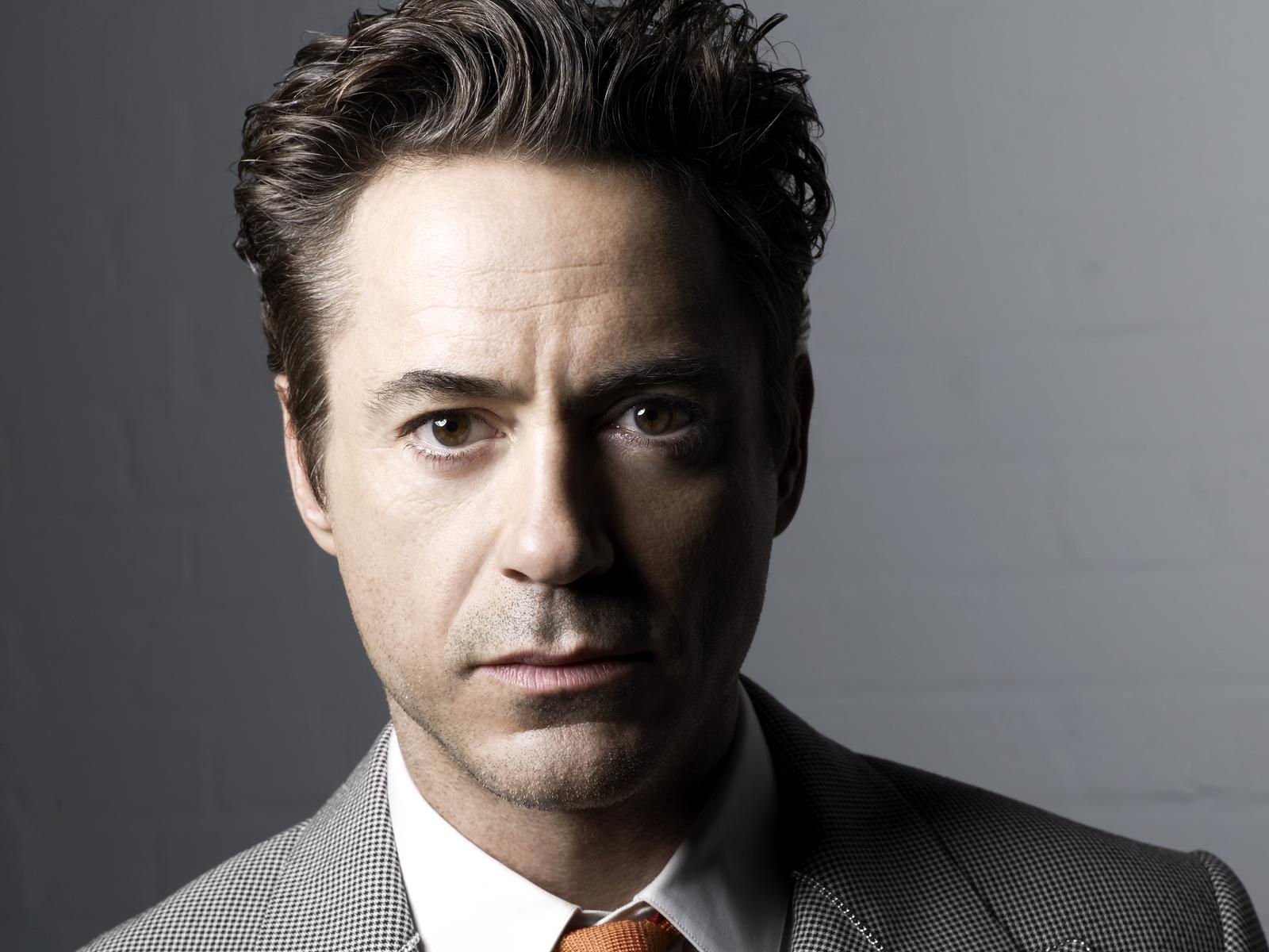 Robert Downey Wallpaper