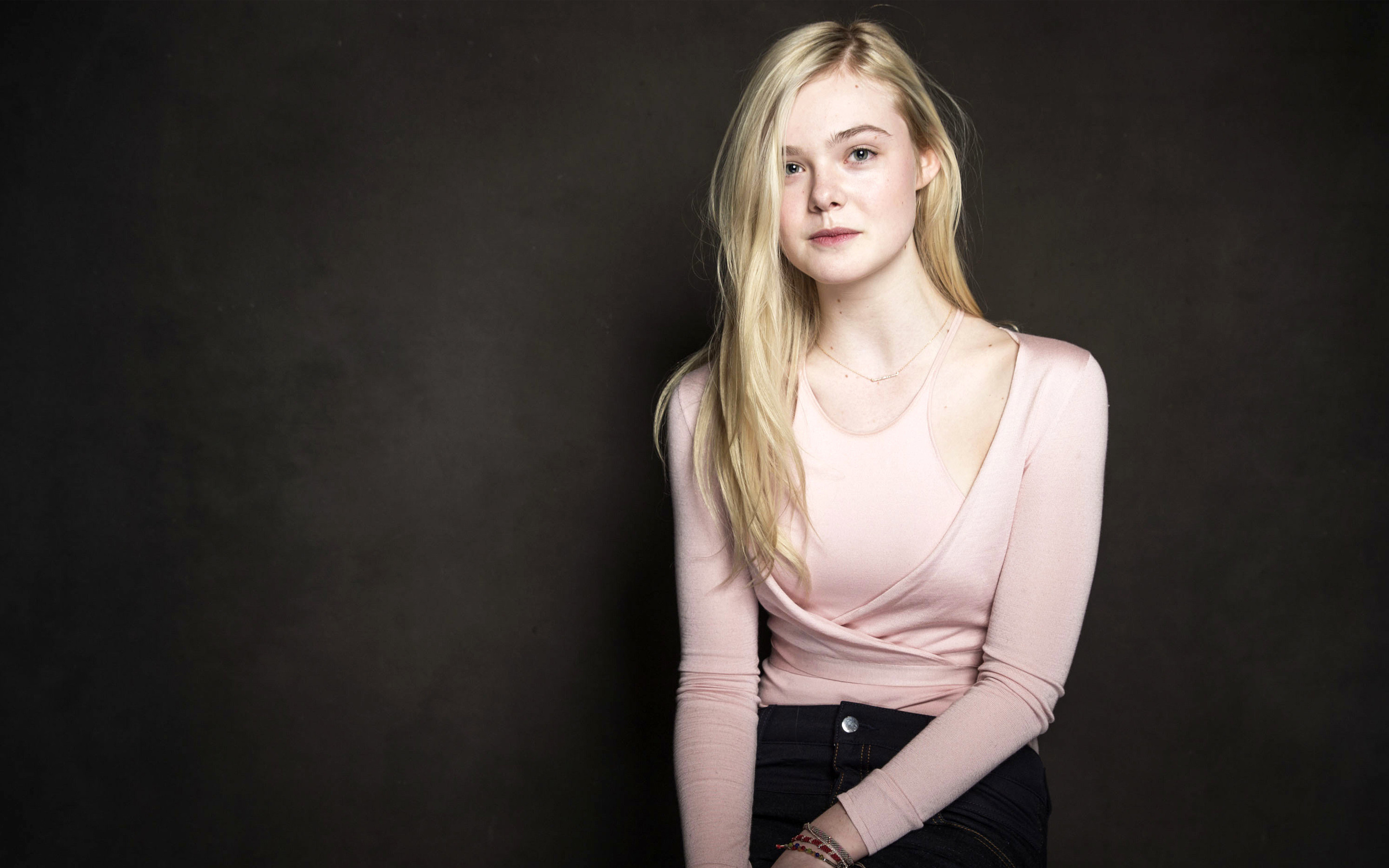 64 Elle Fanning Wallpapers on WallpaperPlay 2880x1800