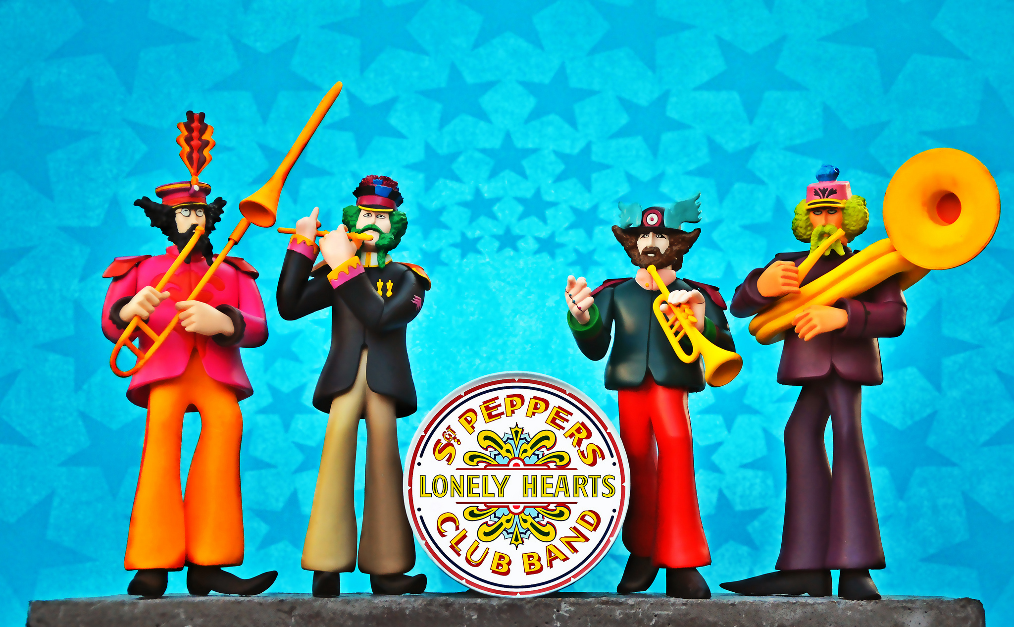 yellow submarine sgt peppers lonely hearts club band wallpapers 2048x1266