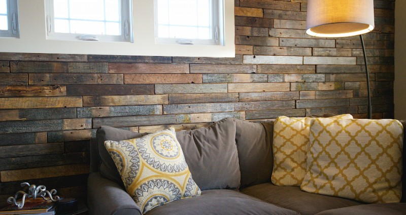 Barnwood Who doesnt love the look of old rustic barn board But 800x425