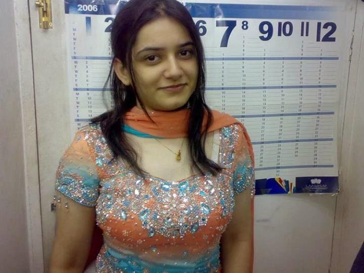PunjabiGirlInSuitWallpapersPunjabiGirlInSuitGirlInSuithot 720x540