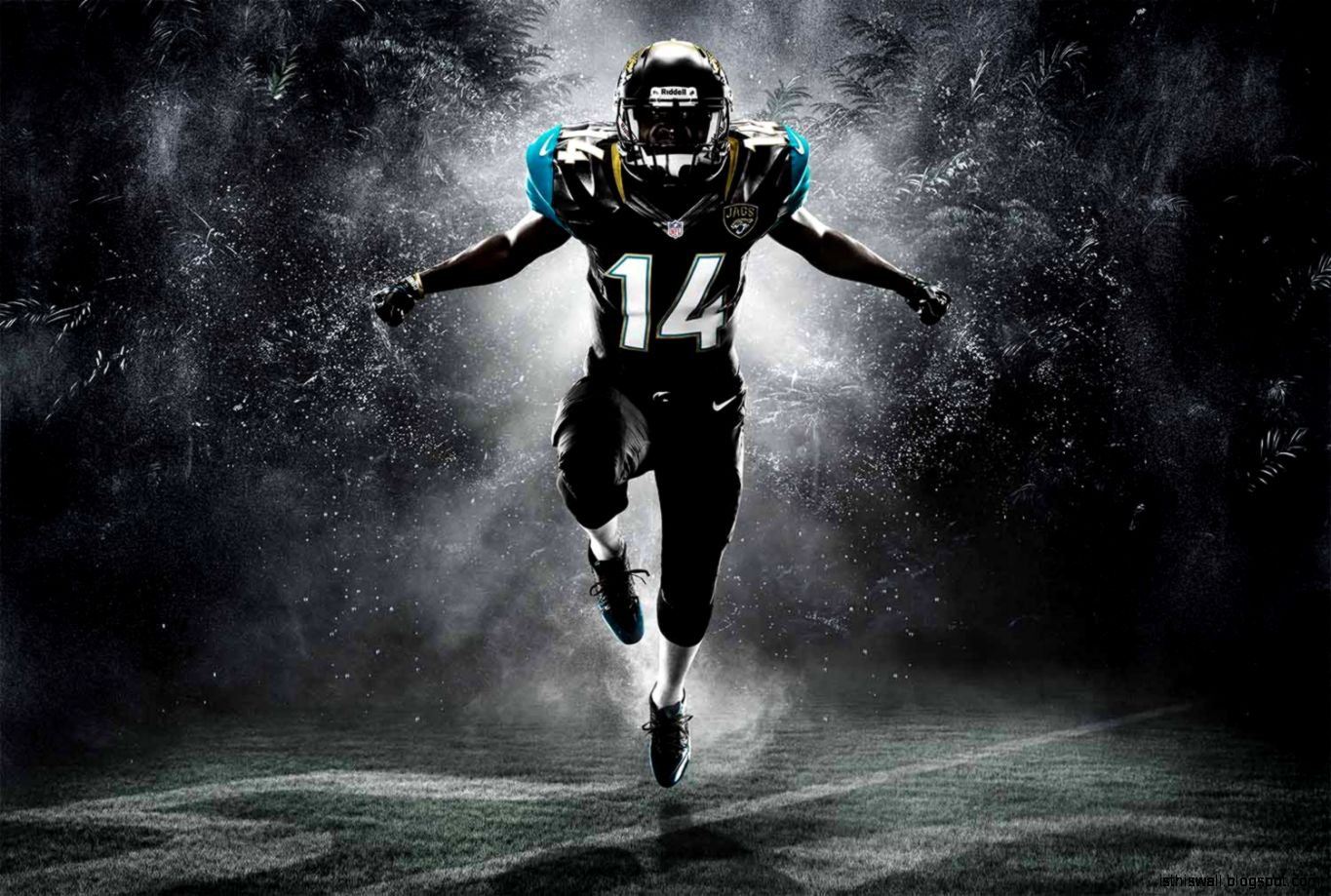 Football Wallpaper This Wallpapers 1365x919