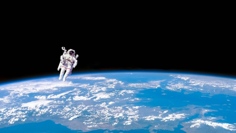 astronaut in space hd - photo #12