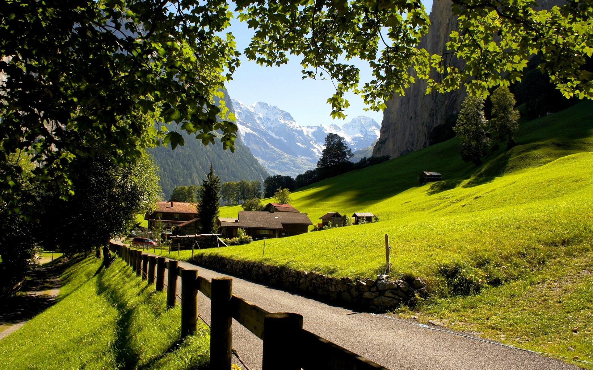 Wallpaper Switzerland Lauterbrunnen Jungfrau city mountains 1920x1200