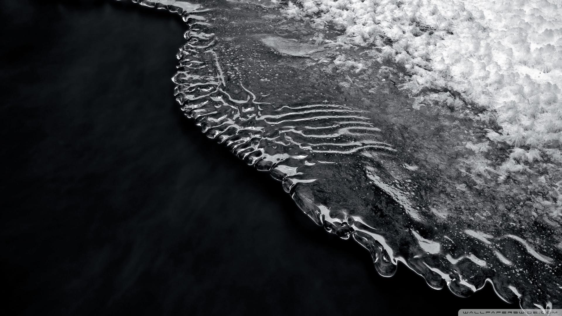 Black Water Wallpaper