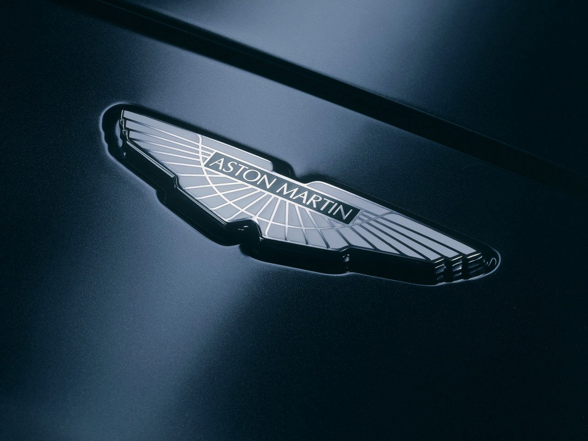 Aston Martin Logo Wallpapers 55 images 1920x1440