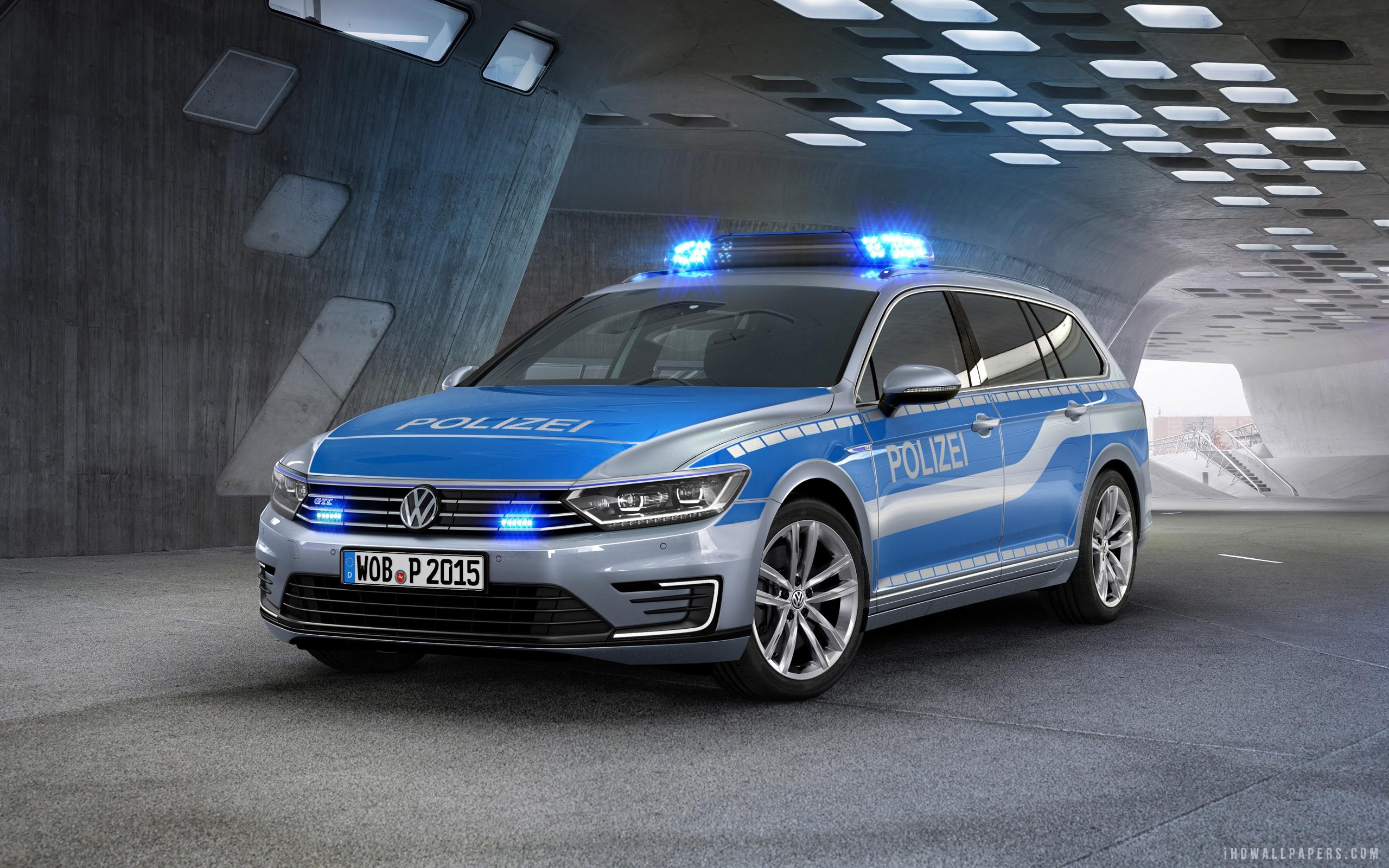 Volkswagen Passat GTE German Police Car HD Wallpaper   iHD Wallpapers 2560x1600