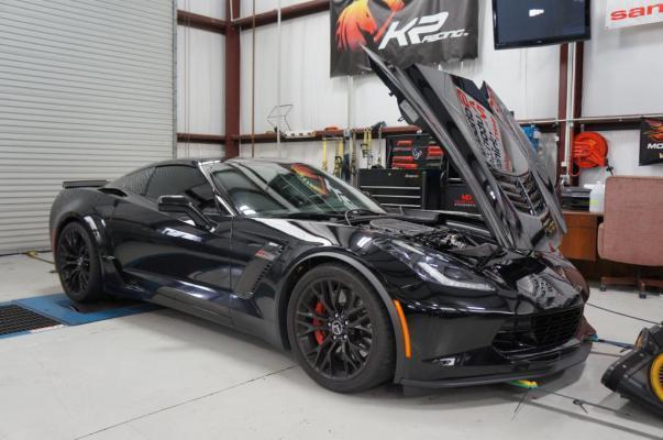 45+] Black Corvette Z06 2015 Wallpaper on WallpaperSafari