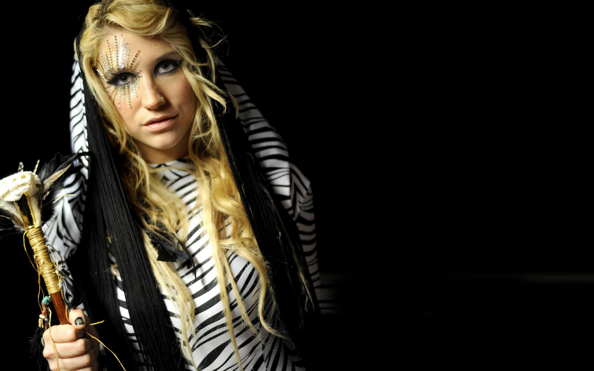 Kesha Wallpapers 1920x1200