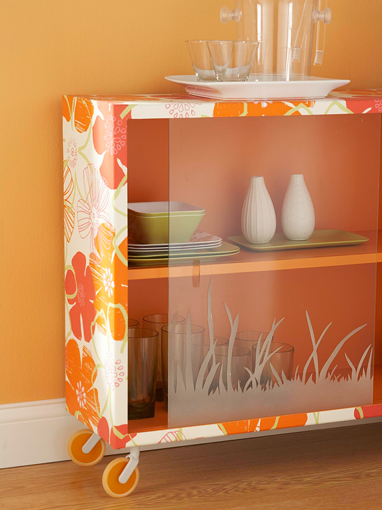 Decorating ideas using wallpaper How About Orange 550x733