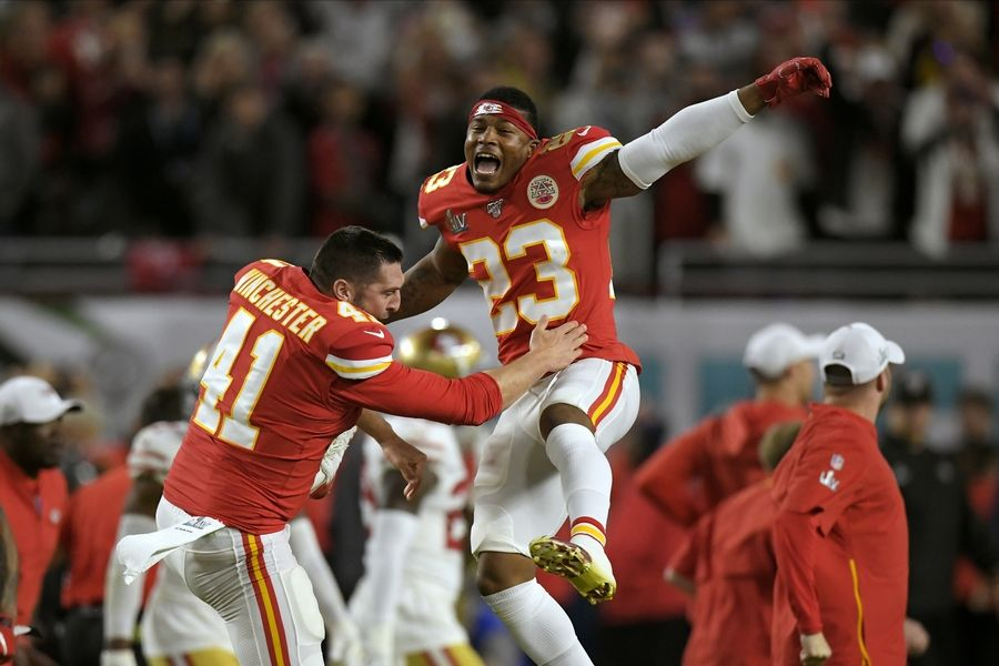 IMAGES The Chiefs win Super Bowl 54 900x600