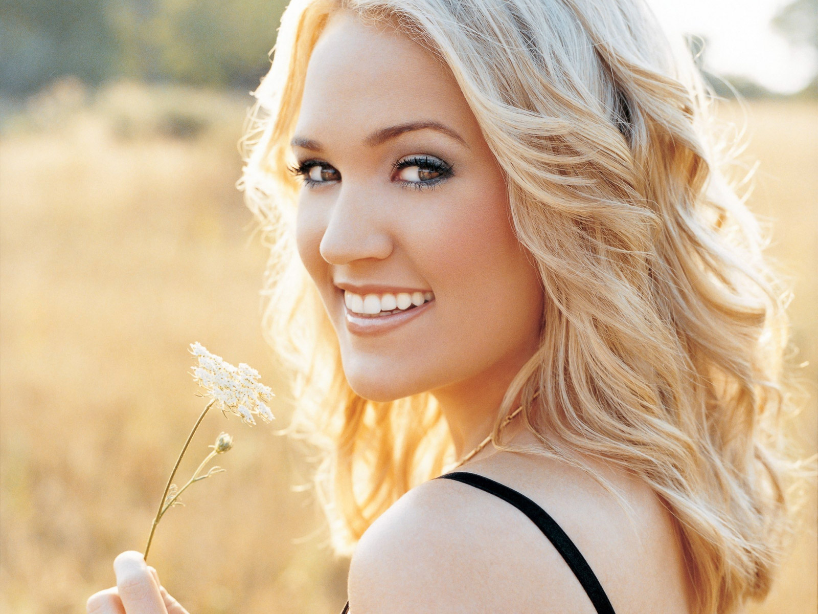 Country Music Carrie Underwood 1600x1200