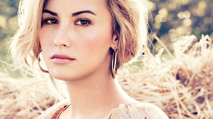 Demi Lovato Desktop Background 44 by Stay Strong on deviantART 900x506