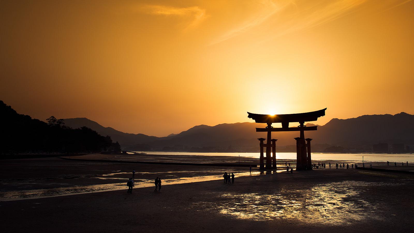 Miyajima Aleksi Mattsson flickr Japancentre blog 1600x900