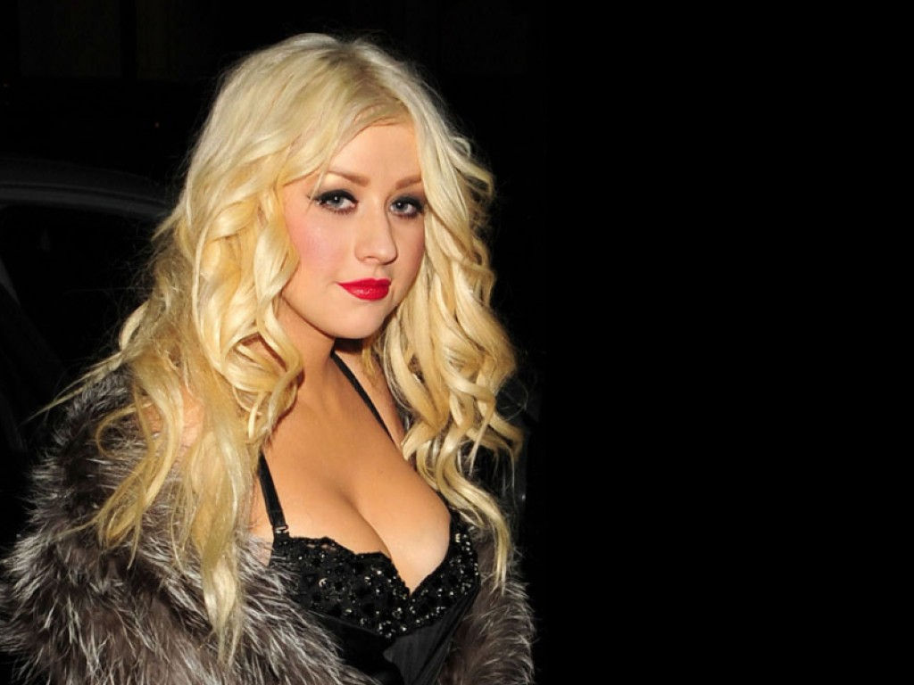 Christina Aguilera Wallpaper   Christina Aguilera Wallpaper 34838225 1024x768