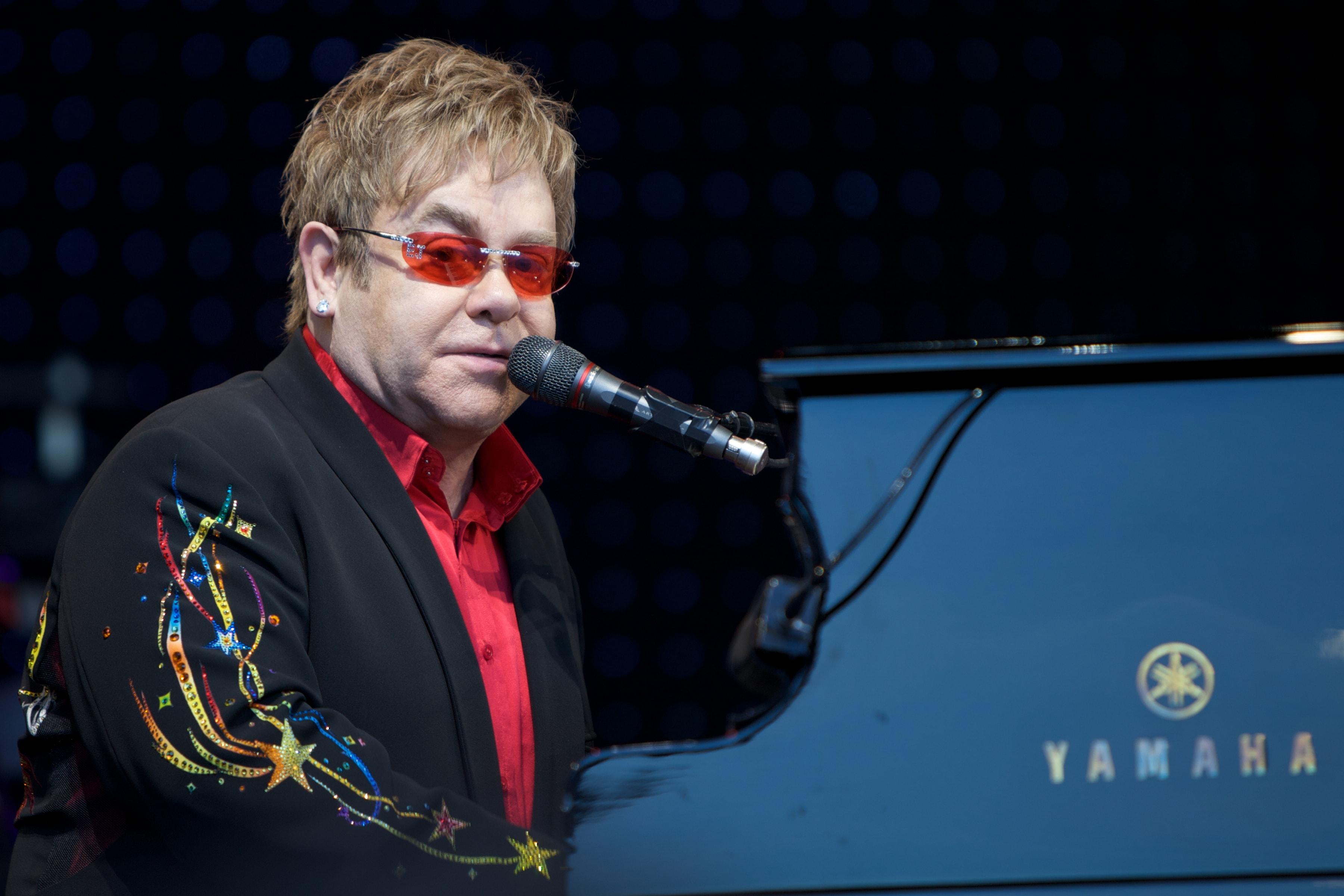 Elton John Wallpaper 5   3601 X 2401 stmednet 3601x2401