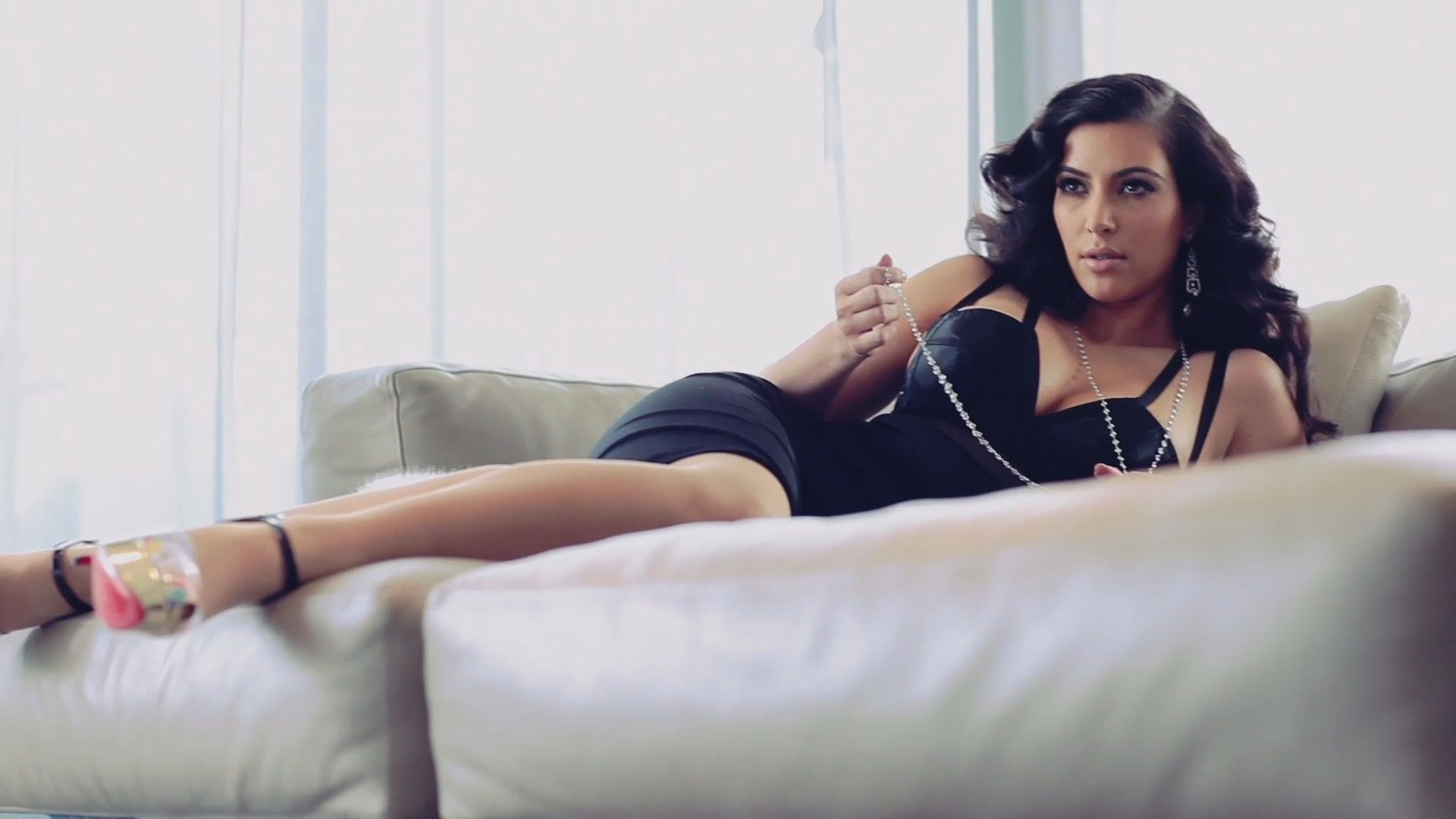 Kim Kardashian Photo Shoot HD Wallpaper Celebrities Wallpapers 1920x1080