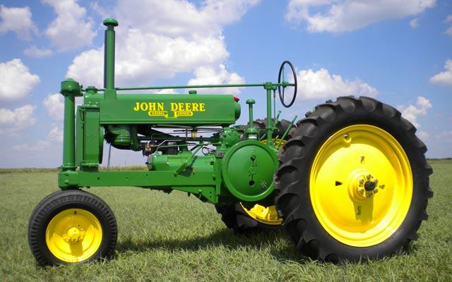 Old John Deere Tractors : Old tractor wallpaper wallpapersafari