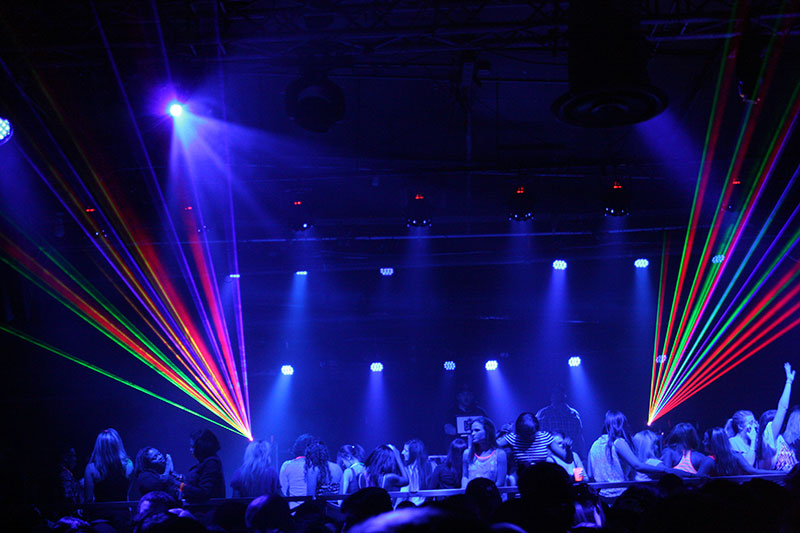 30 Light Effect Wallpapers To Liven Up Your Desktop: Black Light Party Wallpaper