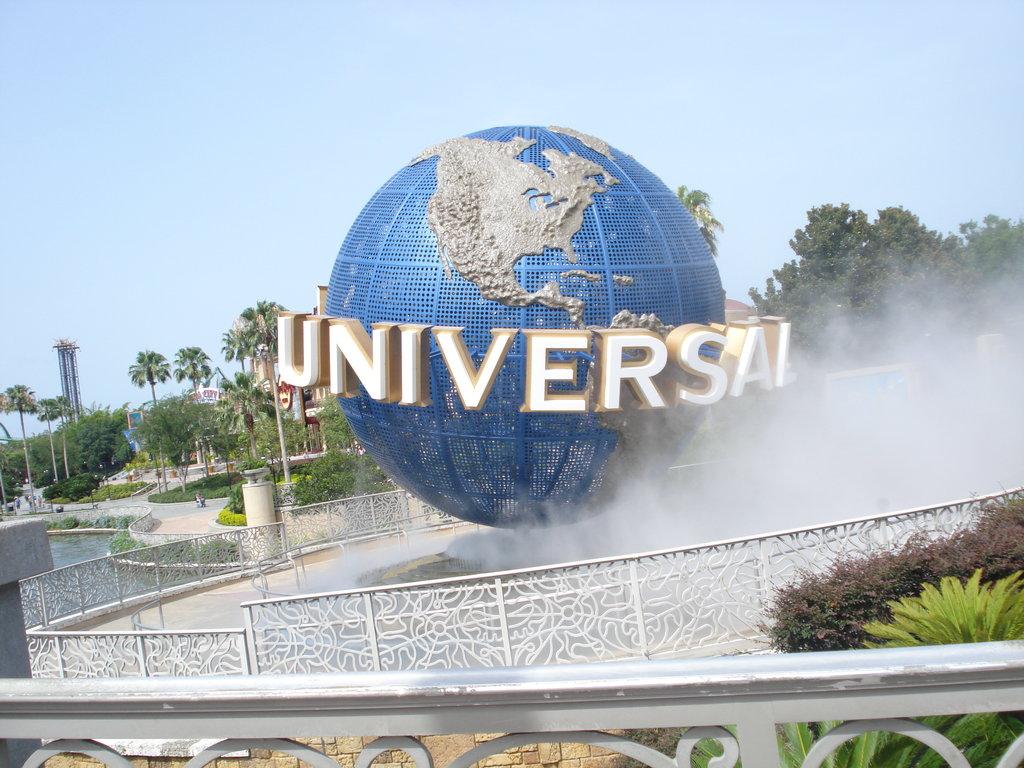 universal studios by chaguita on deviantart universal studios by 1024x768