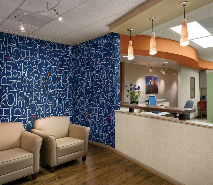 Crown Wallpaper Fabrics Toronto Vancouver Montreal Papiers 736x639