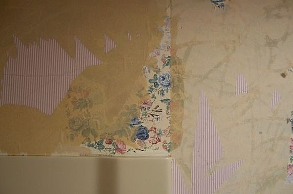 How to Remove Wallpaper Glue From Sheetrock 600x399
