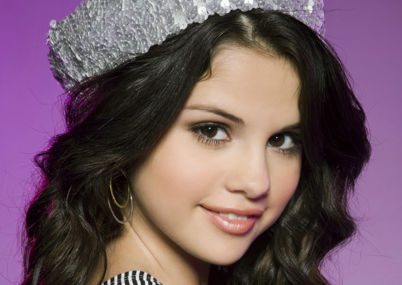 4u HD Wallpaper Download Selena Gomez Wallpapers Download 1600x1135