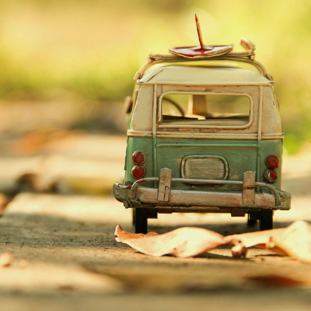 Vintage Volkswagen Toy iPad Wallpaper Download iPhone Wallpapers 1024x1024