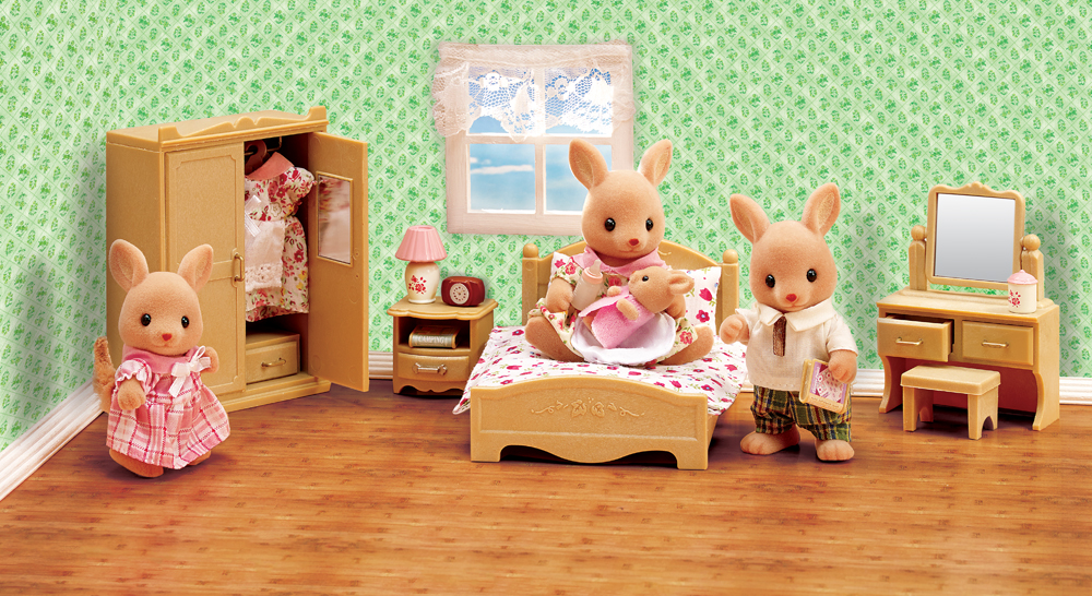 Calico Critters Parents Bedroom Set The perfect master bedroom set 1000x546
