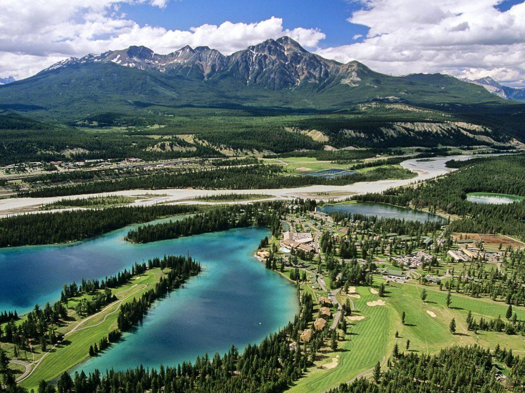 Jasper Park Lodge Jasper National Park Alberta Wallpaper   MIRAPIC 1024x768
