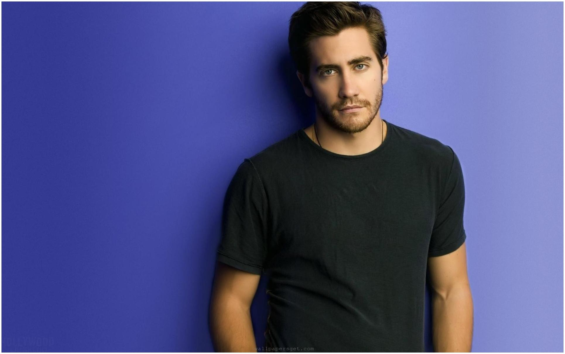 Handsome Man of the Day Handsome Hollywood Actor HD Wallpapers 1930x1210