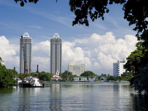 Beach Screensaver Screensavers   Download Miami Beach Screensaver 500x375