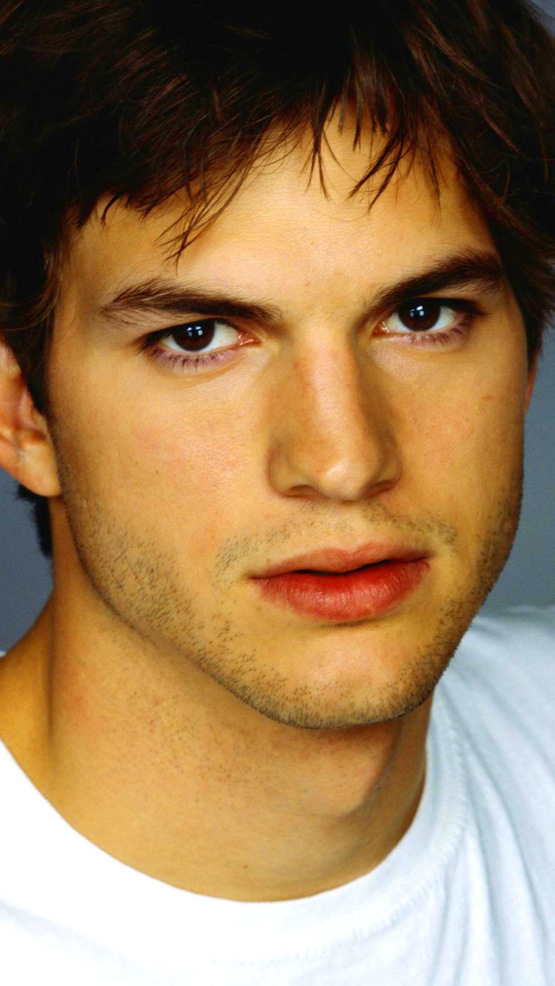 CelebrityAshton Kutcher 1080x1920 Wallpaper ID 642489   Mobile 1080x1920