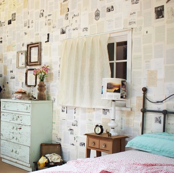 wallpaper   Should I apply lacquer over a wall papered with book pages 600x596