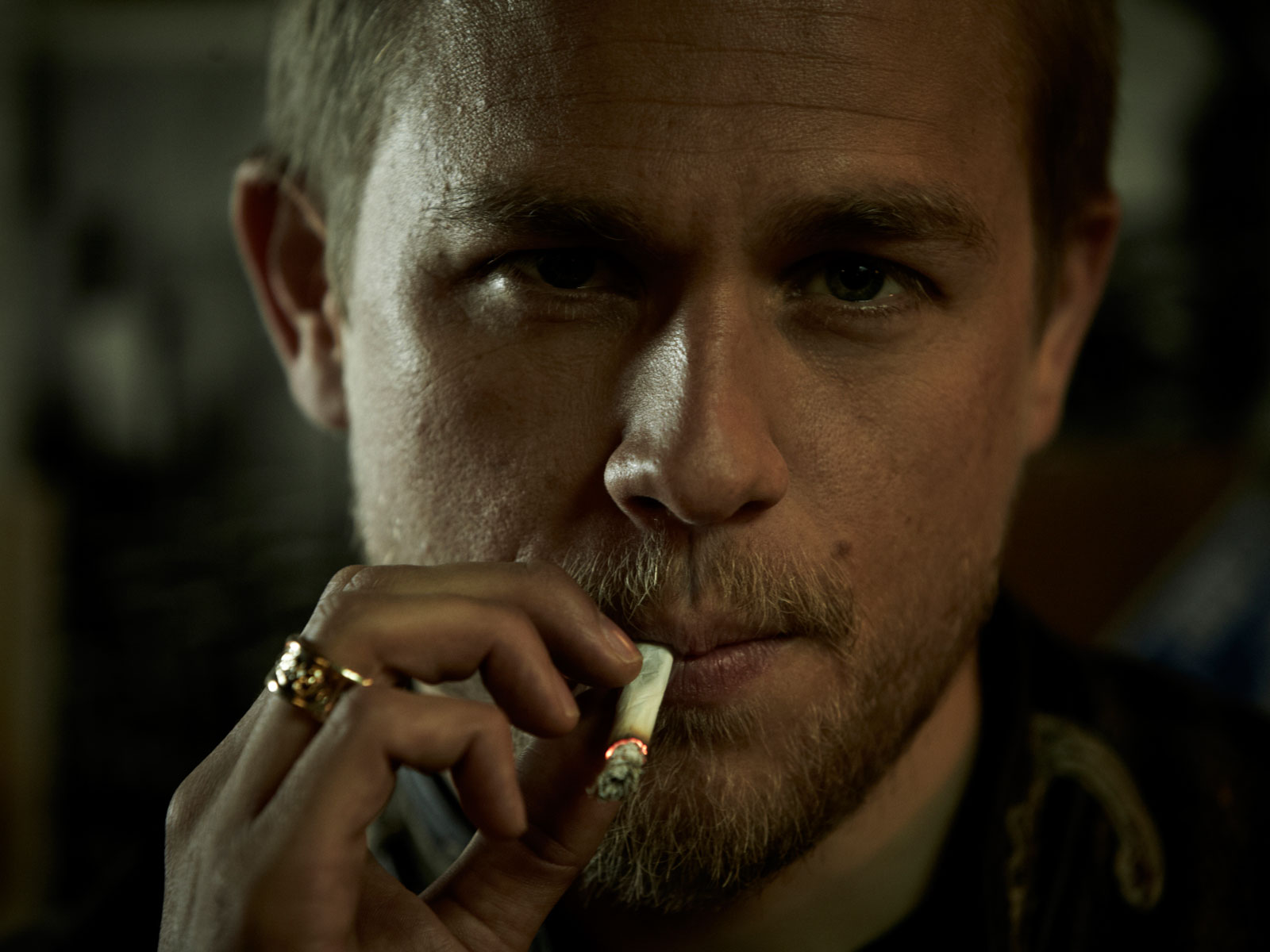 Charlie Hunnam Wallpapers High Resolution and Quality Download 1600x1200